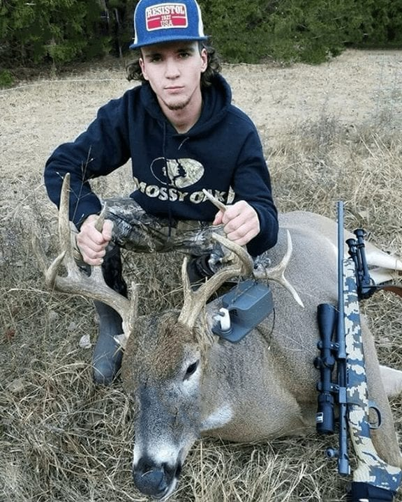 Texas trophy whitetail buck, ScentBlaster using Red Arrow Scents Lights Out Plus